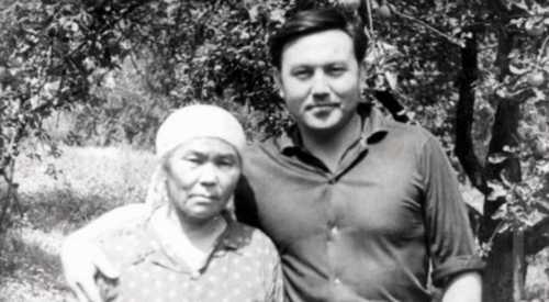 Назарбаев признался, что делает, когда ему трудно